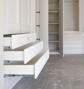 Wardrobe drawers with custom fronts